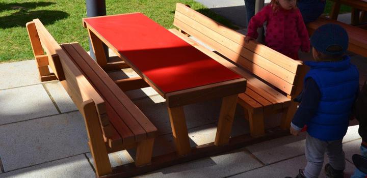 bine - bänke, sitzgruppen & liegen: gartenmöbel - freiraum, Gartenmöbel